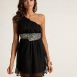 pullu kemerli siyah kısa elbise