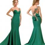 sırt dekolteli yeşil elbise