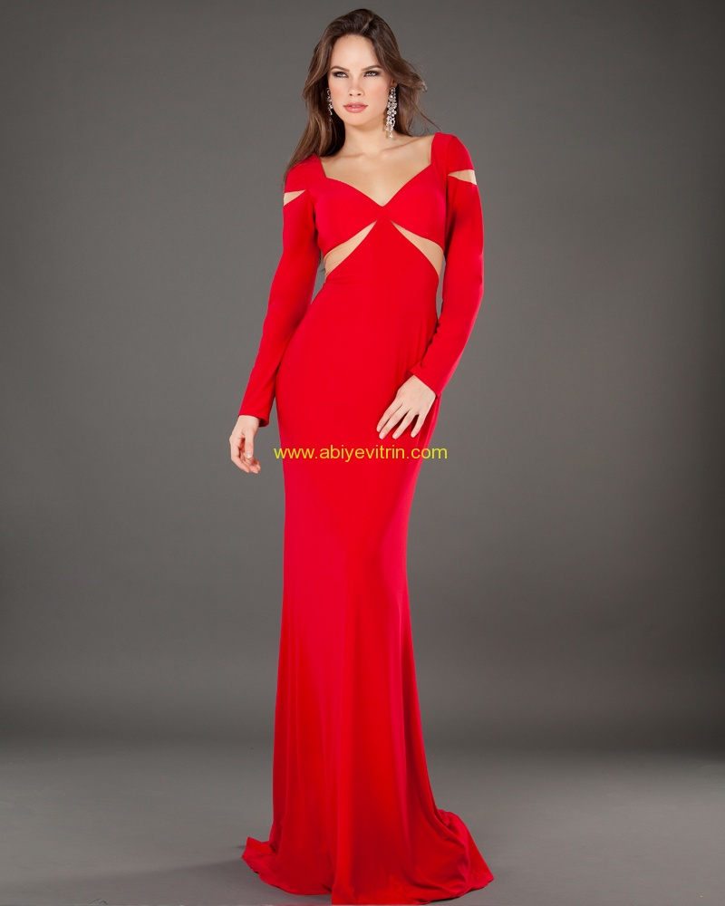 Kırmızı uzun kollu elbise