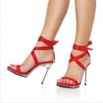kırmızı şeffaf topuk abiye ayakkabı modeli