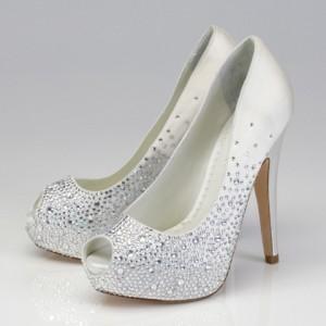 taşlı gelin ayakkabısı modeli
